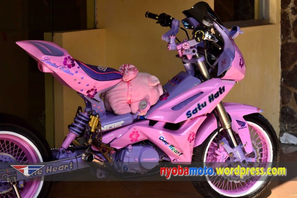 Supra SATU HATI, pink n ungu oooeeeeyyyy :)