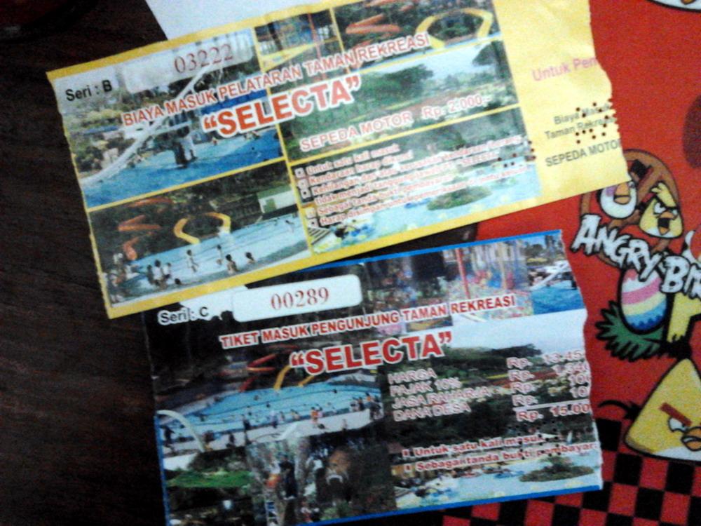 Wisata Taman Rekreasi Selecta Batu Malang Wiro Nyobamoto