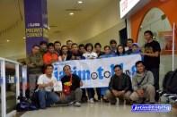 Berfoto bersama usai Baksos Donor Darah di MOG Malang