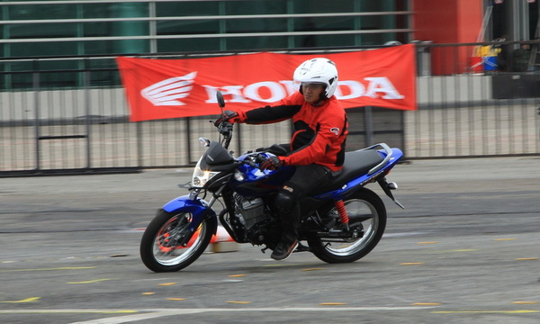 Test Ride Verza 150cc