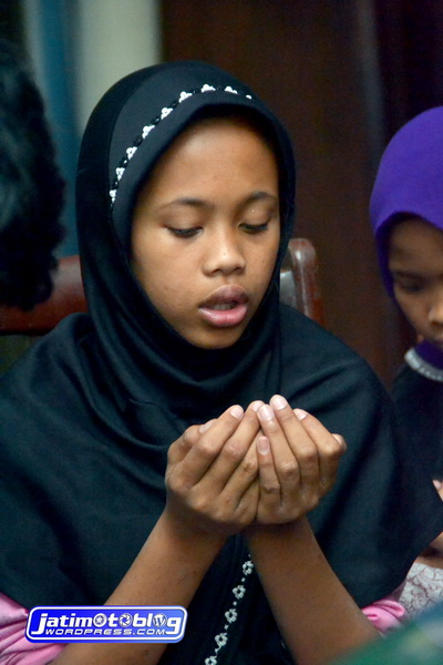 Di doakan langsung oleh anak yatim...