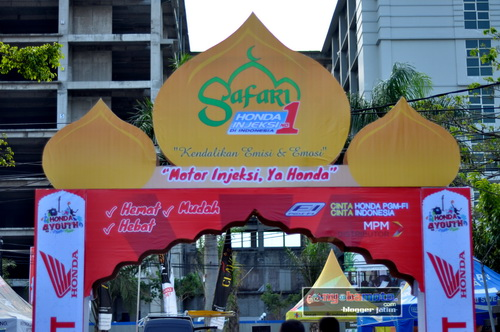 Main Gate masuk Venue