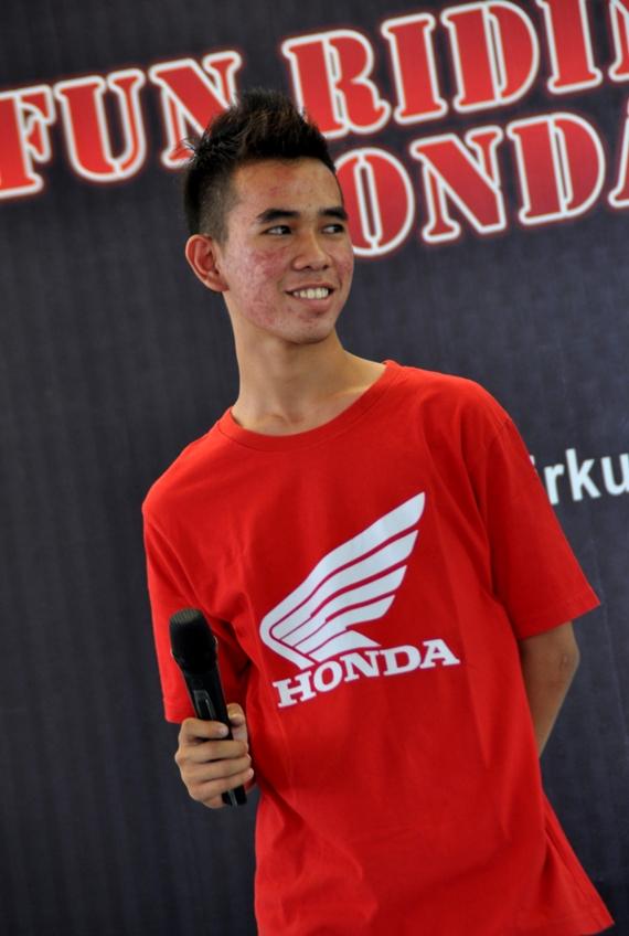 Honda CB150r_Sirkuit Kenjeran Gerry Lorenz