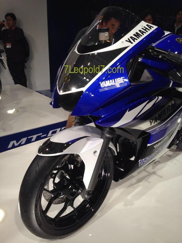 Versi Race Yamaha R25