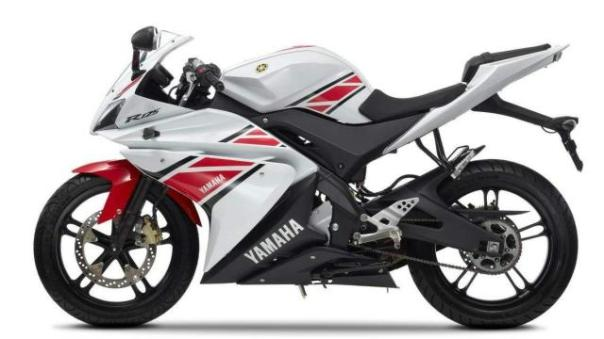 Motor Paling Ditunggu Yamaha New R15 ver 2