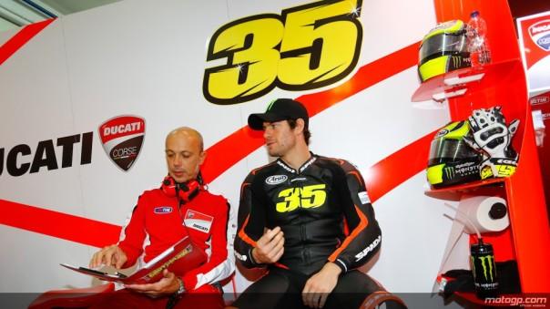 Cal Crutchlow di Paddock Ducati