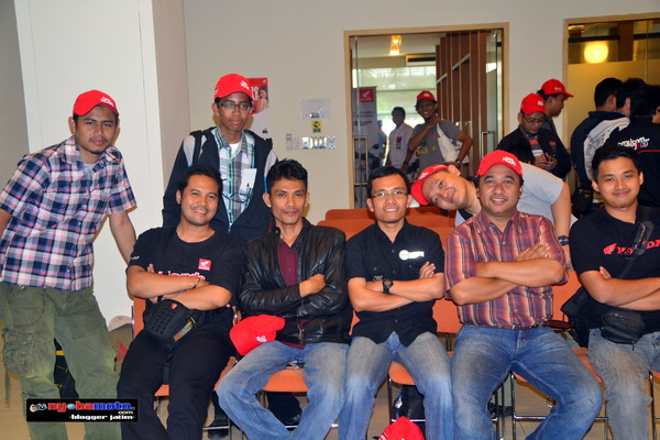Ndas Heri, IWB, RiderTua, TMCBlog, Wiro, Azizy -Usai Plant 3 Tour AHM Cikarang -