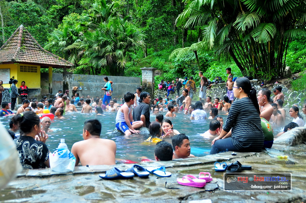 Wisata Pemandian Air Panas Cangar Batu Malang Wiro Nyobamoto