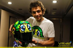 Valentino Rossi_AGV Helmet Seri Mugello