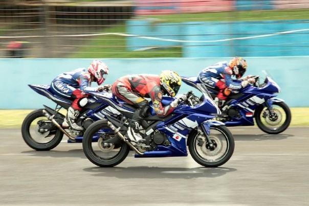 Yamaha YZF R15 OMR Yamaha Asean Cup Race