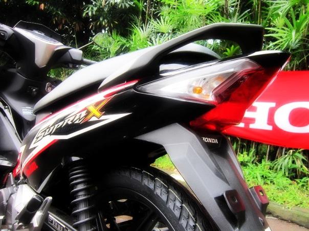 Honda Supra X 125 FI 2014_Sisi Belakang