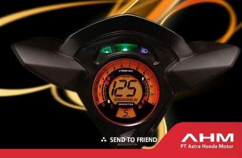 Saat itu Panel Speedometer Full Digital pertama dikelasnya. Sekarang ???