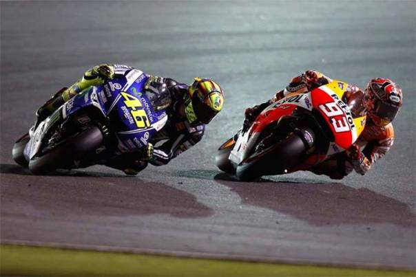 Super Battle Marc Marquez vs Valentino Rossi
