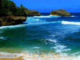 Pantai Kondang Merak 03
