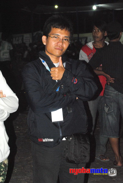 Wak Haji Taufik saat ketemu Pertama dengan Wiro nyobamoto.com