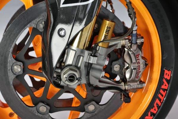 Brembo Terpasang pada Honda RC213V