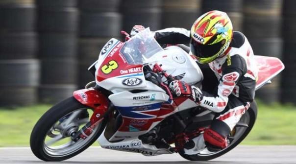 Dwi Satria Juara 1 Kejurnas 250cc