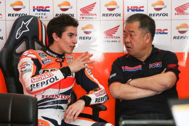 Marquez dan Sakamoto di Paddock HRC