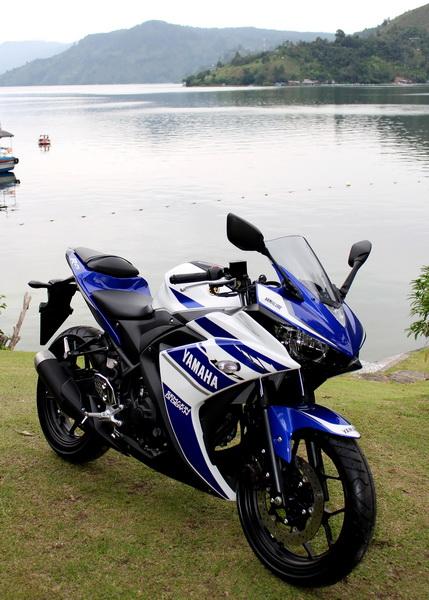Yamaha YZF R25-Launching Danau Toba