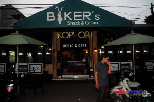 Ini tempat Kopdar plus Buka Bareng :D