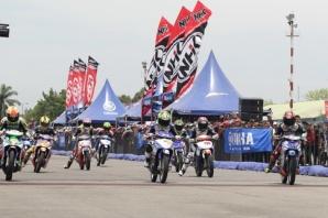 Seri 4 Yamaha Cup Race di sirkuit ex Bandara Polonia Medan (2)