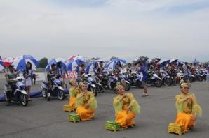 Tarian tradisional di opening seri 4 Yamaha Cup Race di Medan