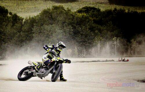 Valentino Rossi_Dirt Track
