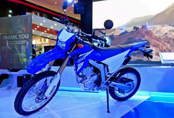 Yamaha WR250R di Indonesia Motorcycle Show. Motor ini akan diluncurkan di Indonesia tahun 2015.