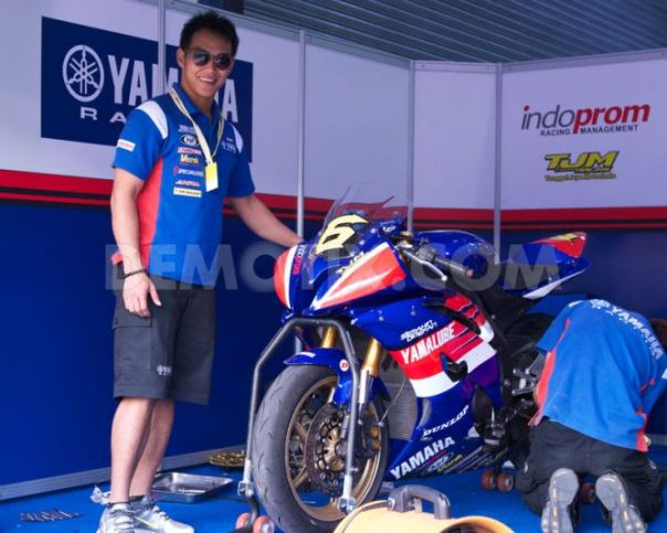 Doni Tata & Supersport YZF R6