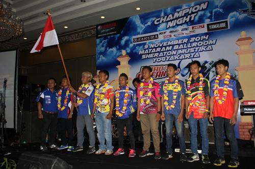 Delapan rider Yamaha Indonesia yang lolos dari hasil final Yamaha Cup Race tampil di Yamaha Asean Cup Race 2014