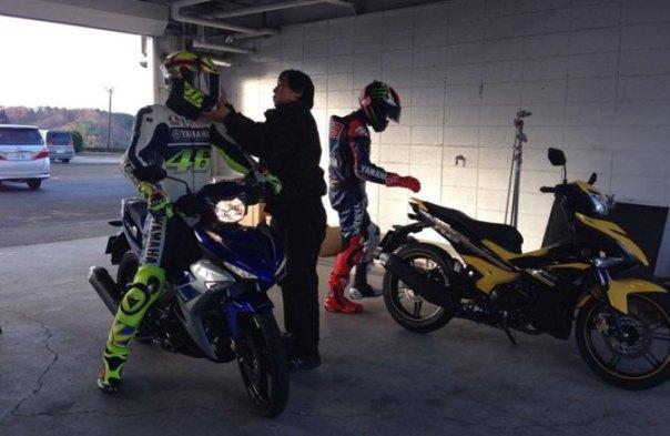 Yamaha Exciter 150cc Sedang di test oleh Valentino Rossi dan Jorge Lorenzo