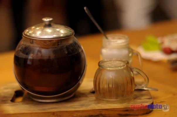 Rachel Tea 03