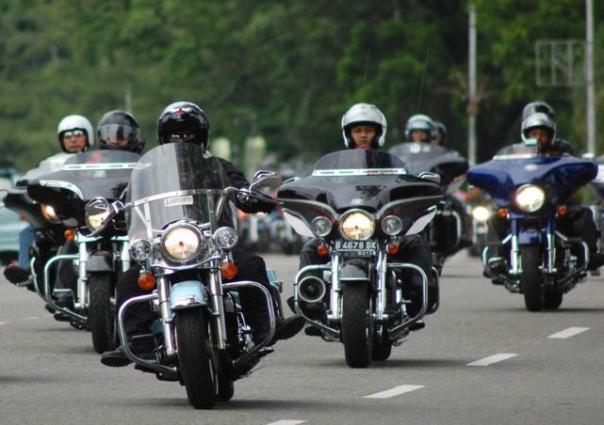 Club Moge Harley