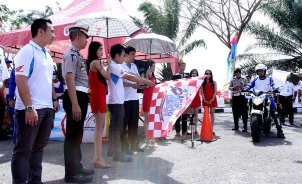 AH SRIC-Kompetisi Safety Riding Palembang 2015