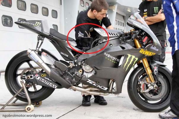 Tangki bbm Yamaha motoGP