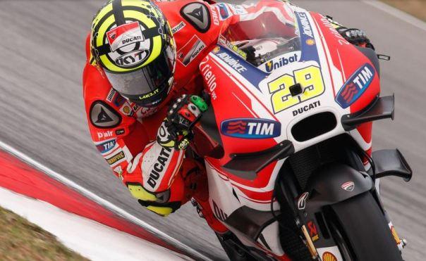 Andrea Iannone - GP15 dengan winglets -