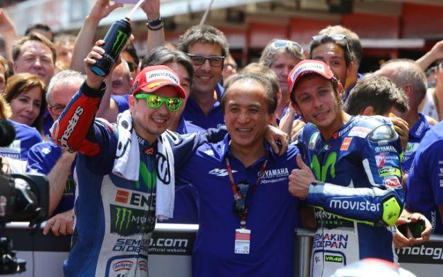 Lorenzo dan Rossi sesaat setelah Podium di Valencia