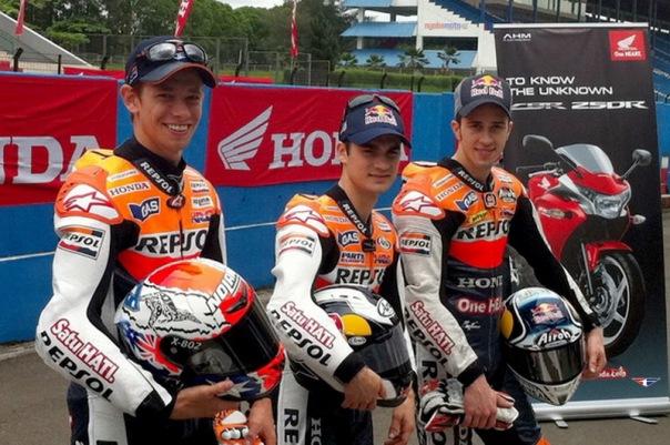Casey Stoner bersama Trio Repsol Honda Memperkenalkan Honda CBR250R di Sentul