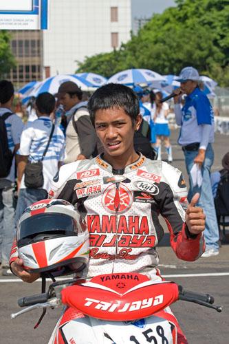 Yamaha Trijaya Boyongan ke Honda