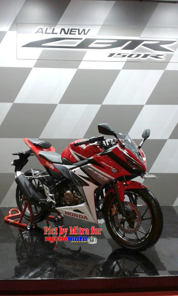 All New Honda CBR150R 2016_10