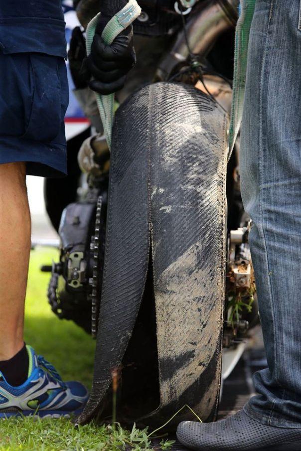 Ban Michelin Loriz Baz yang pecah
