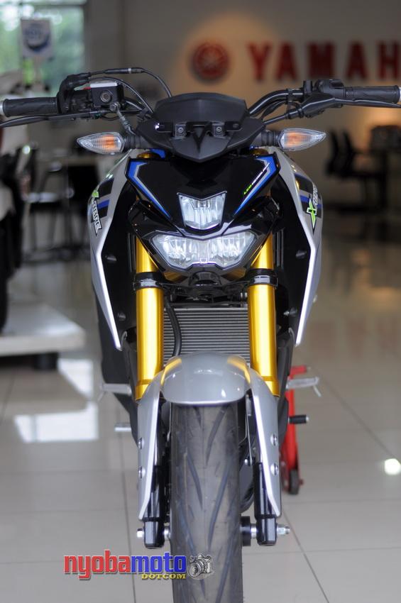 Yamaha Xabre 16
