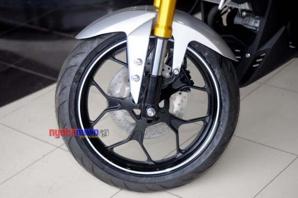 Yamaha Xabre 19