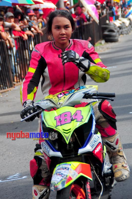 Matic Race Tanpa Batas Blitar_Lady Biker 05