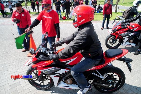 All New Honda CBR150R versi 2016_04