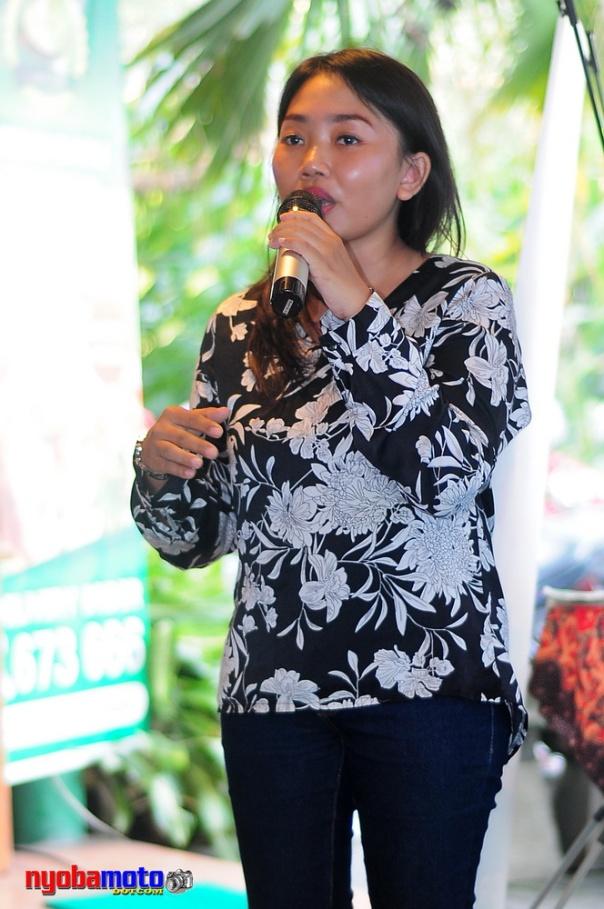 Mbak Septi - Marketing Grup Lombok Idjo