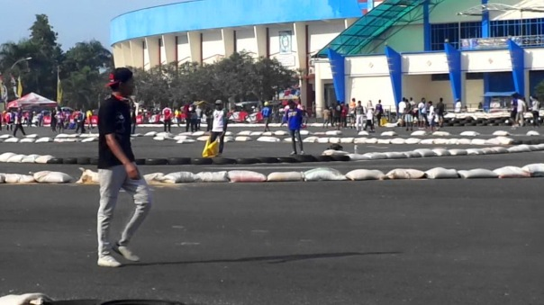 Halaman Luar Stadion Kanjuruhan Malang