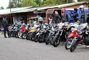 20 motor lebih yang mengikuti kopdar Magetan tahun 2010