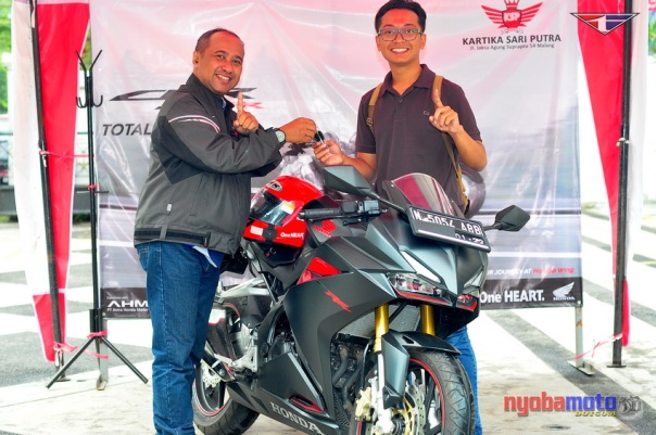 honda-cbr250rr-kartika-sari_unit-test-ride