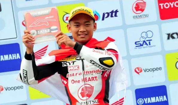 Rheza Danica Juara 1 IRS Seri 2 Race di Sentul Bogor